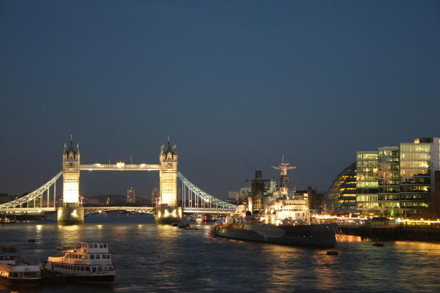 イギリス人が選ぶイギリス英語を勉強する為のお勧めテレビドラマTOP10