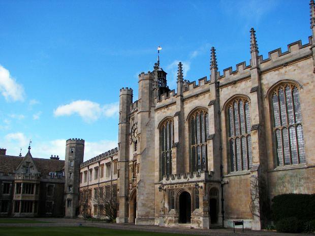 イギリス英語の試験ガイド:IELTS(アイエルツ)・ケンブリッジ英語検定(CAE)・(CPE)について