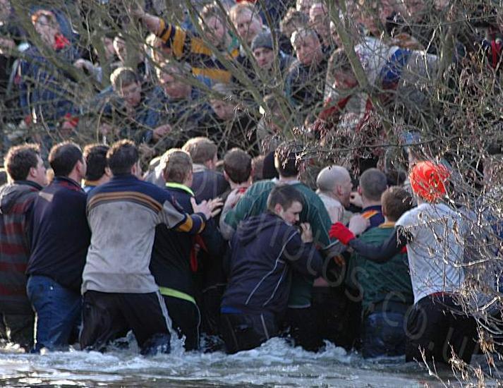 世界の祭り!一風変わったイギリスの祭りベスト10:イギリスのお祭り文化の紹介