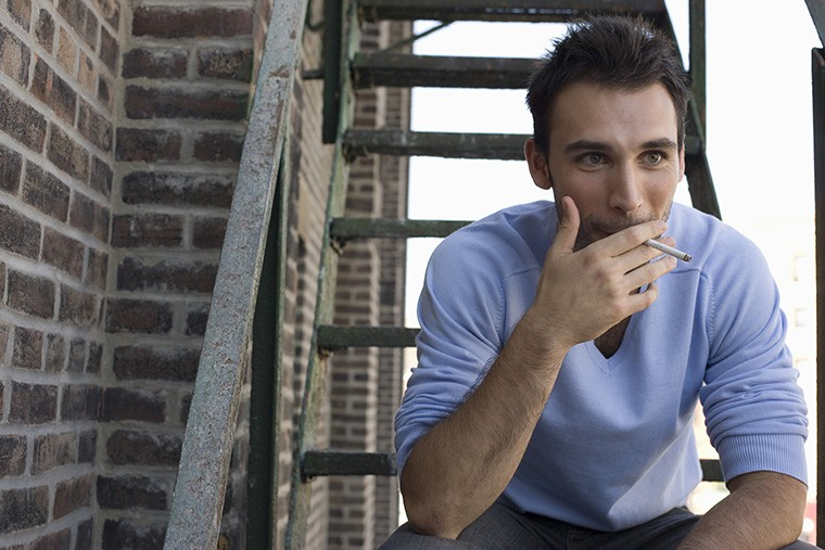 イギリス英語の「たばこ」の言い方とアメリカ英語の「たばこ」の言い方の違い:cigaretteとfagの違い