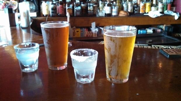 「お酒」、「アルコール」はイギリス英語で何と言う?