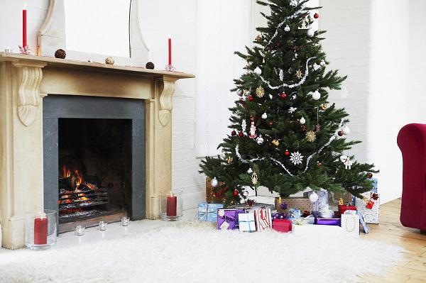 イギリスのクリスマスとアメリカのクリスマスの違いとは?英・米のクリスマスの伝統や過ごし方を紹介