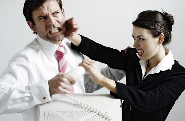 英語で口喧嘩する際に役に立つ英語フレーズや表現を紹介します(笑)