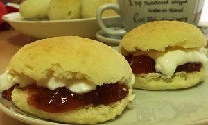 イギリスの伝統的なおやつ スコーンの作り方や美味しい食べ方を紹介します!