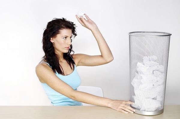 「ゴミ箱」は英語で何と言う? イギリス英語とアメリカ英語の違いも紹介!
