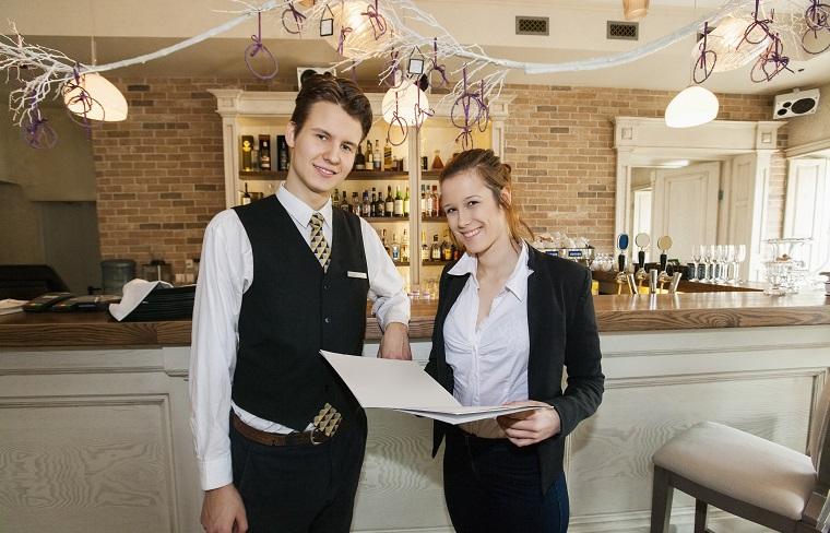 イギリスのレストラン店員