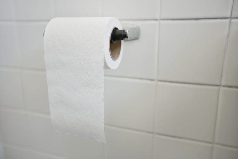 最も一般的なトイレットペーパーの英語の言い方「toilet paper」の使い方