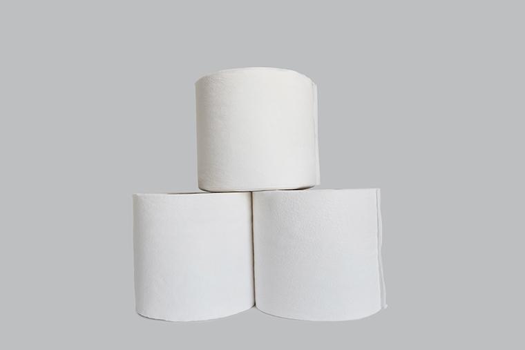 英語で「トイレットペーパー」という意味の「toilet roll」の使い方